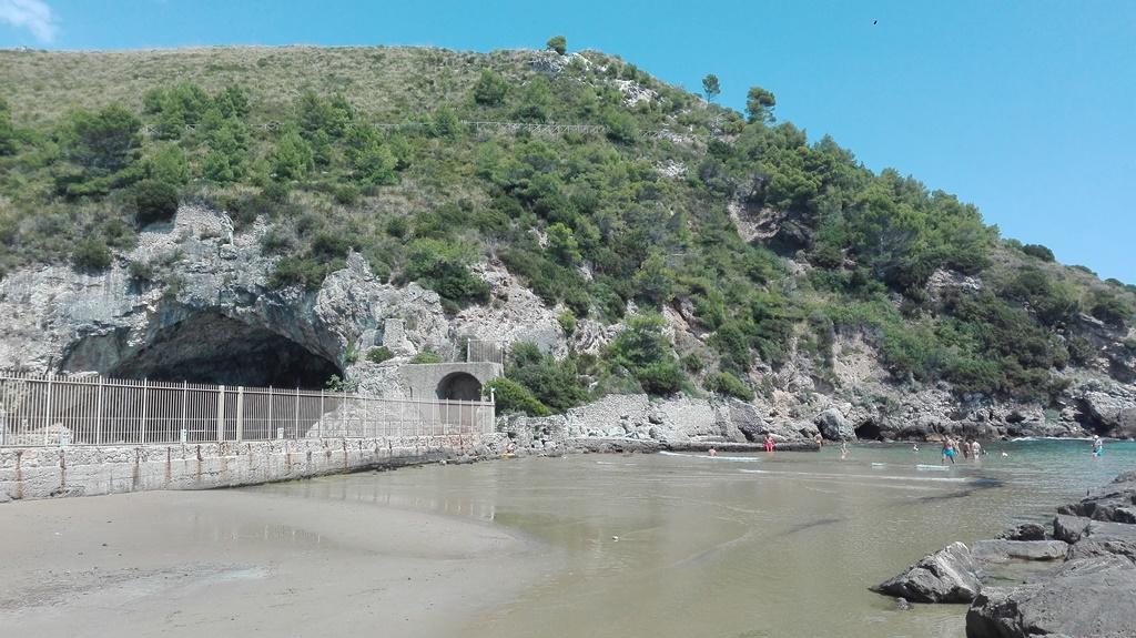 Il Monumento naturale Villa di Tiberio