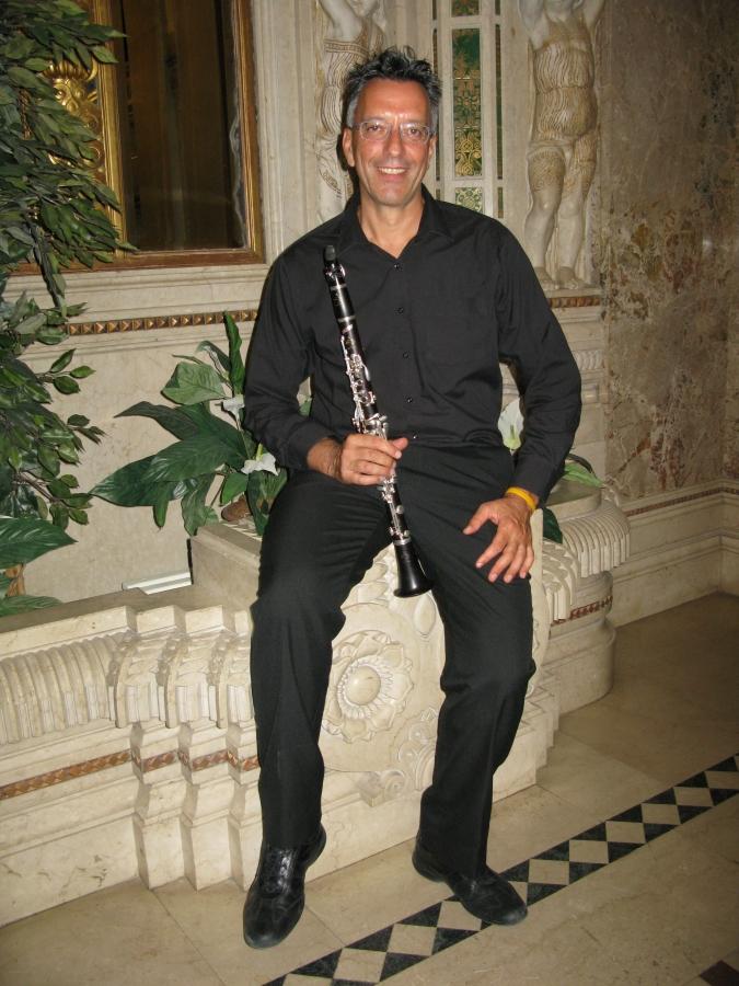 Il fondi music festival celebra la pasqua con un concerto for Palazzo in stile messicano