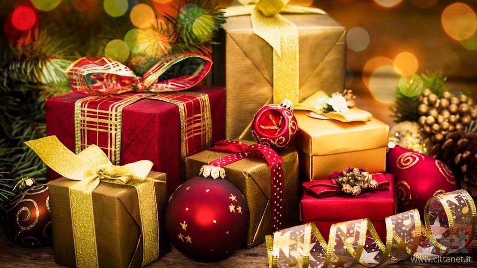 Idee Di Regali Di Natale.Idee Regalo Per Lei I Migliori Regali Di Natale Del 2020