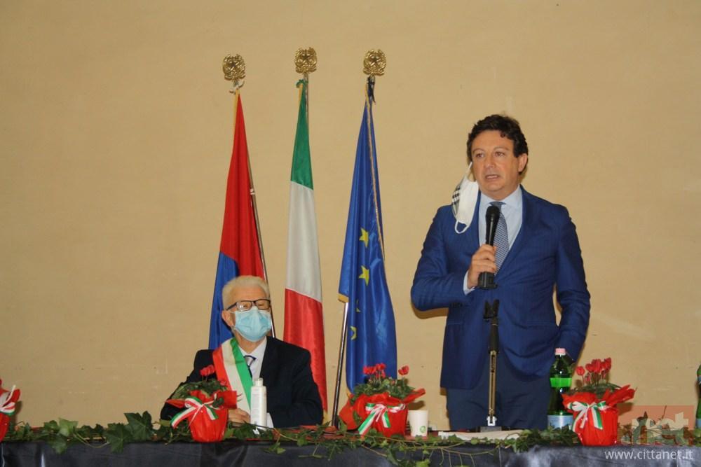 Il presidente del Consiglio Giulio Mastrobattista
